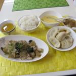 Chouchou - ザーサイ豚肉炒め定食750円