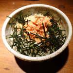 むつみ屋 - 〔ランチ〕鮭ごはん(¥300)