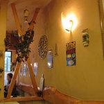 カフェレストラントマト - あったかな雰囲気の店内