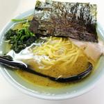 秦野家 - ラーメン(油多め) 300円(開店記念特価)