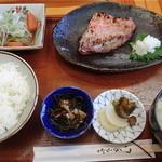 矢吉 - 本日の日替りランチ:あこうの粕漬焼、ぶり大根 800円