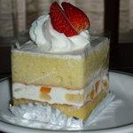 1619711 - ショートケーキ