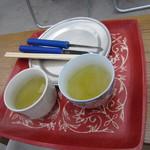 16190150 - お席に座るとすぐに運んで下さいましたが、お茶のお代りはセルフです