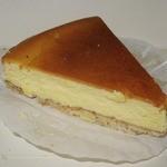 16193159 - ・「ベイクドチーズケーキ(\400)」
