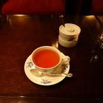 16194145 - BARの中で紅茶を飲む事もできます
