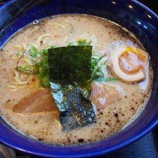 らーめん龍王 - 料理写真:トンコツ濃・醤油
