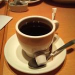フェリーチェ パスト - 食後のコーヒー