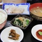 味楽 - 料理写真:刺身定食。