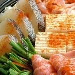 居酒屋 やえがき - 海の幸×山の幸たっぷり!種類は味噌味&トマト味♪人気の小鍋単品は1名様分1080円!コースは3500円~。
