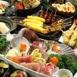 居酒屋 やえがき - 飲み放題付!寒い冬に大人気の鍋コースは3500円~。