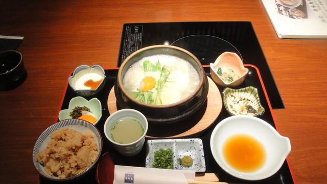 博多華味鳥 銀座4丁目店 - 水炊き御膳(1200円)