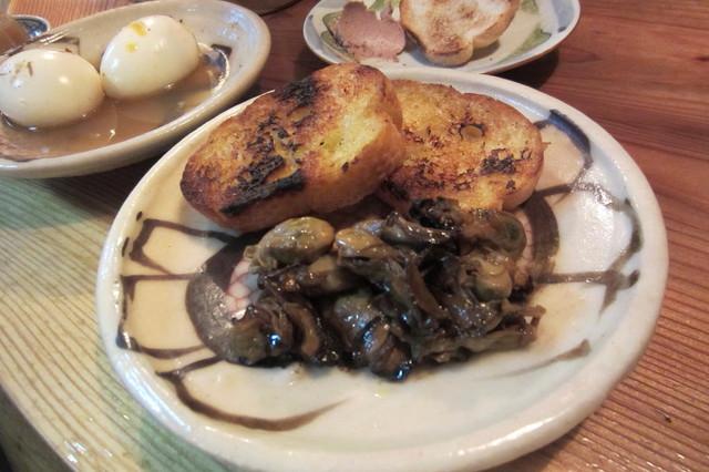 食堂 清水 - 燻製・牡蠣¥500(バケット付き)