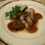 Dune - ≪お肉料理≫ 宮崎和牛のトマトソース煮 ユリ根と生ハムのマッシュポテト添え