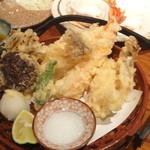 酒菜家 - 2012.12.06)海老とキノコの天ぷら(880円)