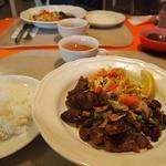 チリチリ - カットステーキ定食