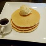 ベビーブレス - 料理写真:プレーンパンケーキ(\450、2012年11月)