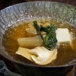 日本料理てら岡 - 松茸鍋?