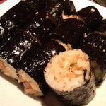 炭火焼肉 美味 - 韓国海苔キムチ巻き