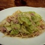 ストーブ - 鴨のひき肉とキャベツのペペロンチーノ(1,000円)