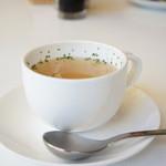 LOBROS CAFE - サラダセットのスープ