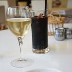 LOBROS CAFE - ランチおグラスワイン350円&セットのアイスコーヒー