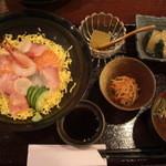 16237449 - 海鮮丼なんと900円 11/28