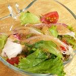 欒時 - ランチのサラダ