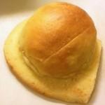 16242028 - バターのはさまったパン2012.12