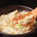 博多よかもん屋 - ほくほく!炊き餃子はスープまで味わえるおいしさです。