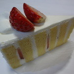 シェ アンディ ラボ - ショートケーキ:420円