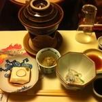 16248060 - 季節のこだわり懐石「椿」5000円 チーズゆば豆腐 五目野菜の白あえ 白菜と子持ち昆布のお浸し