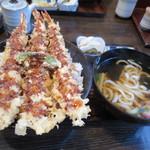 天ぷら桂 - えび天丼と半うどん(900円)