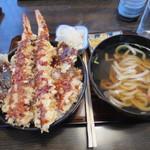 天ぷら桂 - 天丼と半うどん(800円)