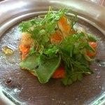 ノガラッツァ - 色々な貝のサラダ仕立て、赤ピーマンとトマトのピュレと