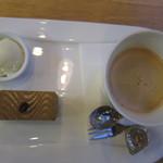 マンガッタンカフェ えき - ケーキセット(2012,11,23)