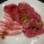 16251320 - SEJONG定食のお肉(カルビ、ロース、豚カルビ)