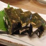 16251900 - 海藻を寒天で固めたブド、やや癖があります