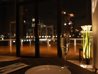 Trattoria&Pizzeria LOGIC 豊洲 - 光と夜景に包まれて。。