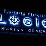 Trattoria&Pizzeria LOGIC - 闇夜に煌めくLOGICのロゴ!