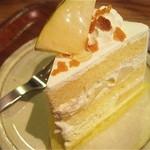 タンタシオン・ダンジュ - ラ・フランスのショートケーキ【420円】