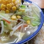 たんぼめへ - 料理写真:タンメンと中華おにぎり