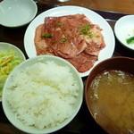 焼肉 おくう - 国産牛カルビランチ肉大盛