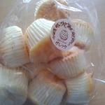 グレック - 焼き菓子[白脇っ子] ダックワーズみたいな生地の一口菓子、美味しい!