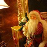 スプレンディード - ホテル内は、サンタさんがたくさんだ。