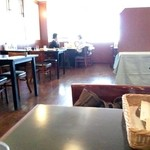 洋食館 たけぞの - 2F席は禁煙席