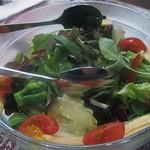 バンビーナ - セットのサラダ