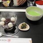 虎屋菓寮 - ぜんざい(小倉)と抹茶のセット : 1785円