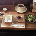 CAFE Uchi - 料理写真:トーストセット ¥1000