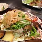 16273801 - 野菜サラダと下仁田ネギの豚巻