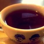 16273989 - ティー。野口英世のイラストのティーカップ